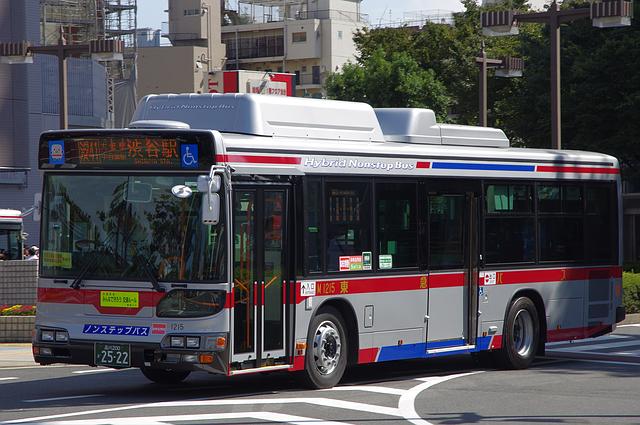 東急バス M1215   路線バス車両...