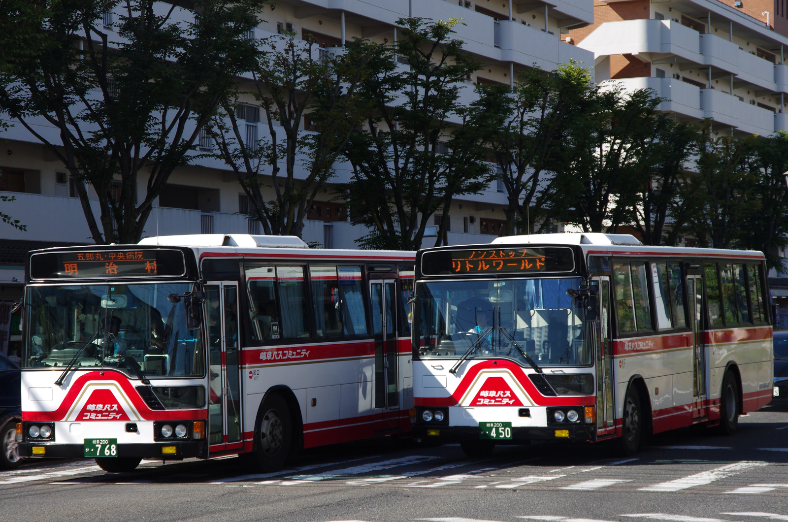 犬山駅東口にて 2015.10