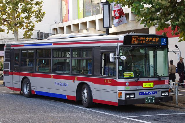東急バス M1833 | 路線バス車両...